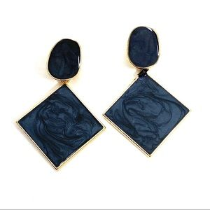 Charcoal fashion statement earrings (v)